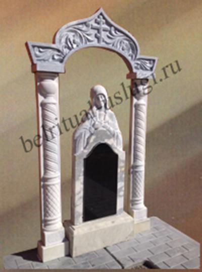памятник из гранита с художественной резьбой